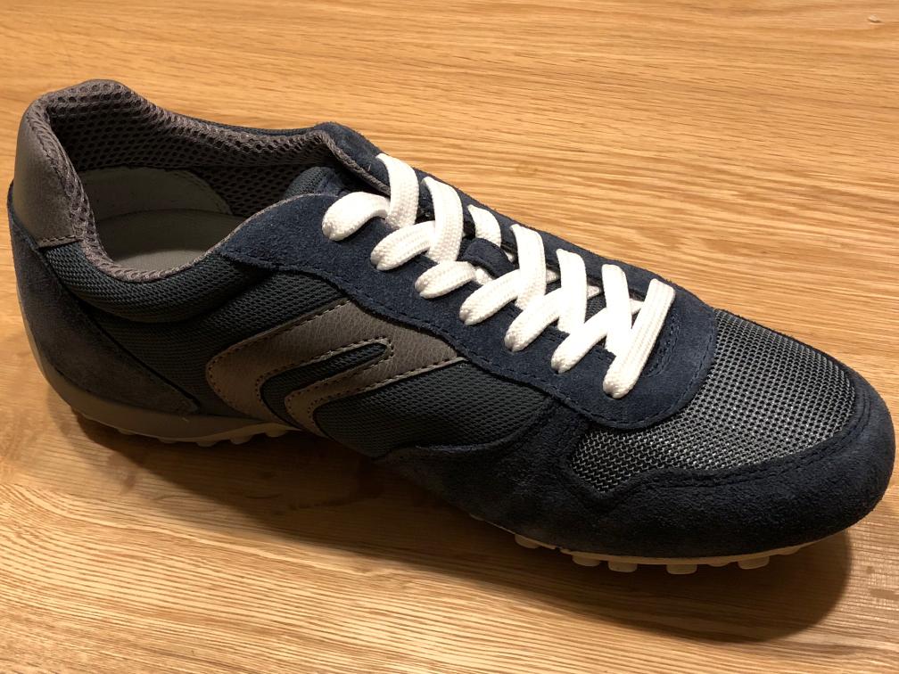 呼吸する靴:GEOX